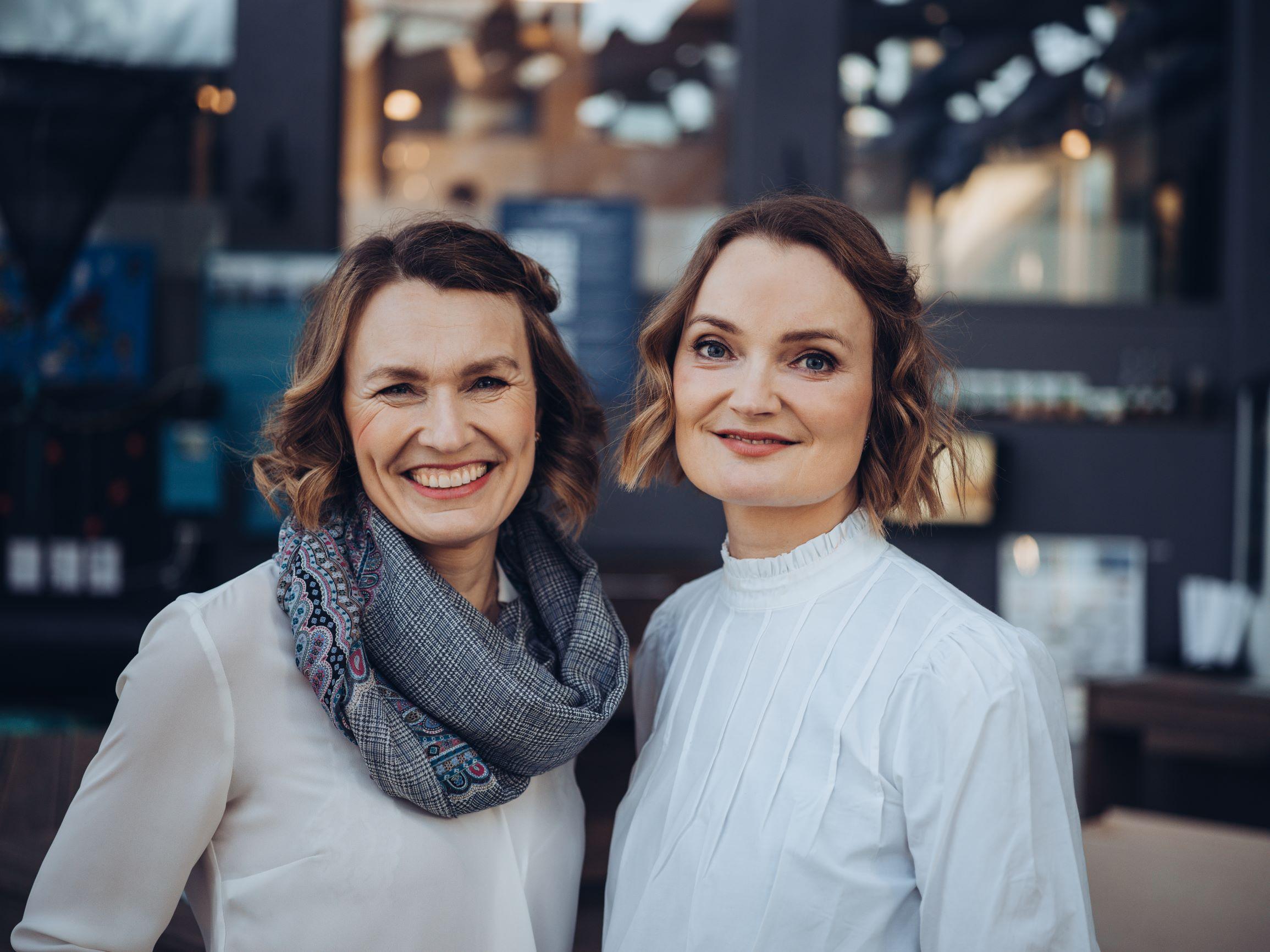 Aino og Maria Olaisen